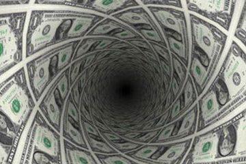 سقوط ۶۰۷ تومانی نرخ ارز در نخستین روز کاری سال ۱۴۰۰